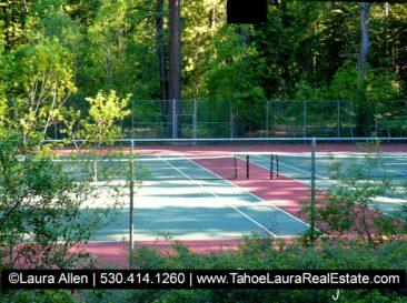 Chambers Landing Condo Tennis Courts